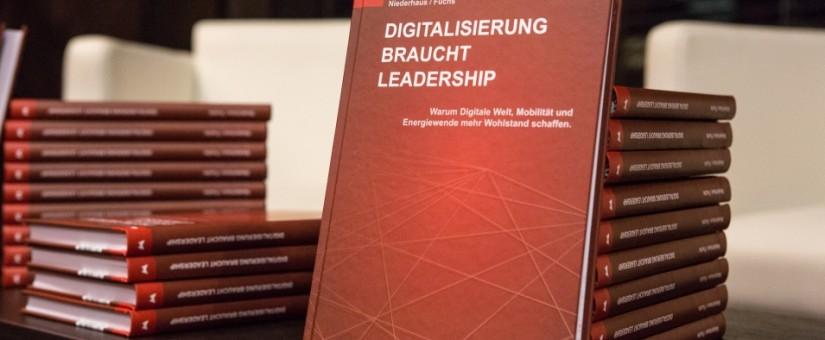 Buchpräsentation: Digitalisierung braucht Leadership von Elmar Niederhaus und Helmut Fuchs im Van der Valk Airporthotel Düsseldorf am 21. November 2016