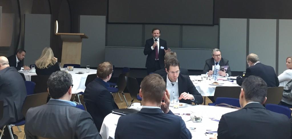 Elmar Niederhaus, Initiator und Leiter des Projekts Leadership für Politik und Wirtschaft, Autor und Herausgeber, Impuls zu Digitalisierung und Unternehmenskultur auf der e-world 2017.